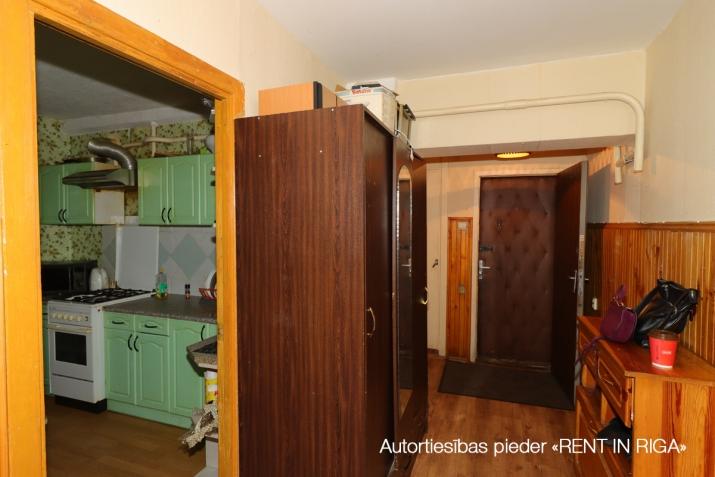 Объявление. Продаётся уютная трёхкомнатная квартира в Плявниеках.  Хорошее месторасположение. В шаговой Цена: 53500 EUR Foto #5
