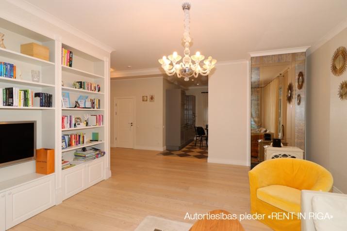 Sludinājumi. Tiek pārdota mājīga, pārdomāta, kompakta privātmāja Majoros. Māja atrodas 10 minūšu gājiena Cena: 340000 EUR Foto #5