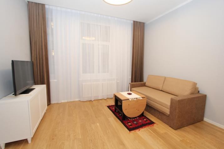 Объявление. Предлагаем недавно отремонтированную квартиру-студию в центре Риги. Квартира оборудована мебелью и Цена: 420 EUR/мес. Foto #3