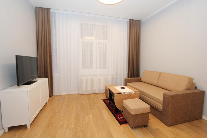 Объявление. Предлагаем недавно отремонтированную квартиру-студию в центре Риги. Квартира оборудована мебелью и Цена: 420 EUR/мес. Foto #4