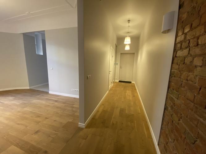 Sludinājumi. Mēbelēts 3 istabu īres dzīvoklis Kr. Barona ielā 76.  Dzīvokļa plānojums - plaša dzīvojamā istaba, Cena: 660 EUR/mēn Foto #5
