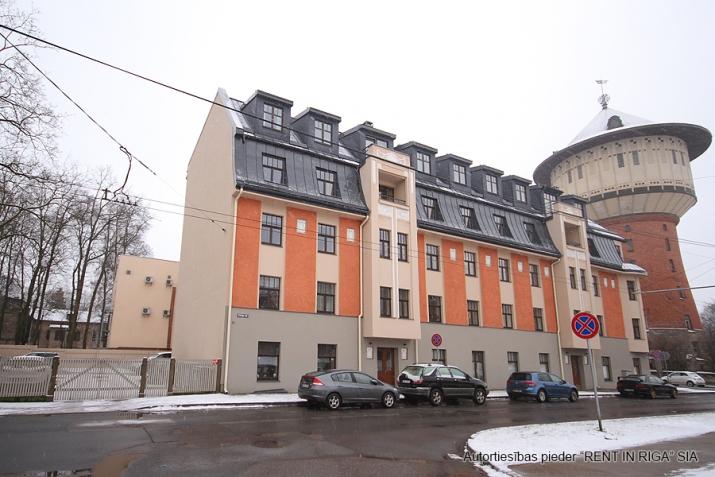 Sludinājumi. Piedāvājumā 3 istabu dzīvoklis renovētā jūgendstila ēkā Alises Apartamenti, kas atrodas klusā Cena: 155000 EUR Foto #2