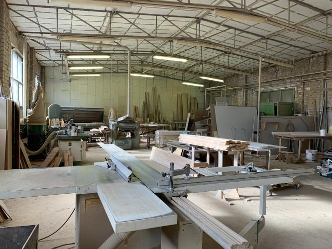 Sludinājumi. Pārdod nekustamo īpašumu komercdarbības izmantošanai.  Ražošanas telpas ar apkuri ~ 550 m2. Biroja Cena: 370000 EUR Foto #5