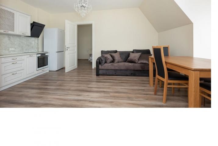 Объявление. Совершенно новая 2-комнатная квартира в отличном районе на окраине Парка Победы. Расположен на 3-м Цена: 550 EUR/мес. Foto #3