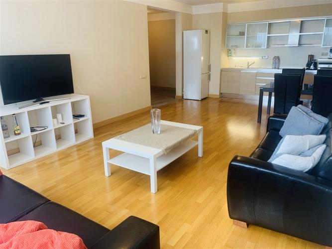 Sludinājumi. Dzīvoklis īstiem pilsētniekiem, moderna dzīves stila piekritējiem. Tiek pārdots 2-istabu dzīvoklis Cena: 105000 EUR Foto #2