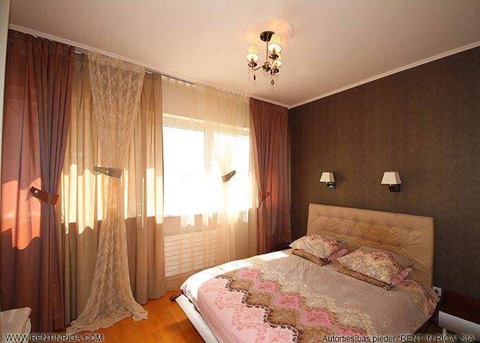 Sludinājumi. Pārdod 2 istabu dzīvokli projektā Panorama Plaza, kas ir pārplānots par 3 istabu dzīvokli.  Remontā Cena: 115000 EUR Foto #1