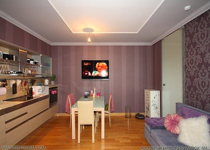 Sludinājumi. Pārdod 2 istabu dzīvokli projektā Panorama Plaza, kas ir pārplānots par 3 istabu dzīvokli.  Remontā Cena: 115000 EUR Foto #3