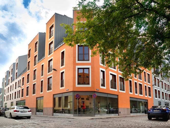 Sludinājumi. Tiek izīrēts 2-ist. dzīvoklis Vecrīgā. - Jauns dzīvoklis, pilnībā mēbelēts - Augstie griesti (3m), Cena: 500 EUR/mēn Foto #1