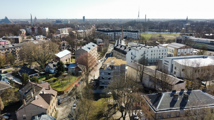 Объявление. Предлагаем купить квартиру в новом проекте всего в нескольких метрах от пруда Мара! Квартира Цена: 139600 EUR Foto #2