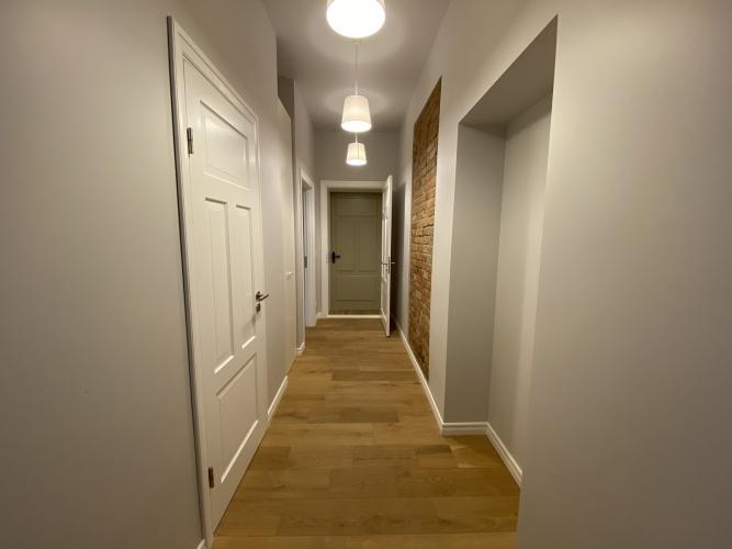 Sludinājumi. Mēbelēts 2 istabu īres dzīvoklis Kr. Barona ielā 76.  Dzīvoklis ir ar iebūvētu virtuves iekārtu, Cena: 570 EUR/mēn Foto #5