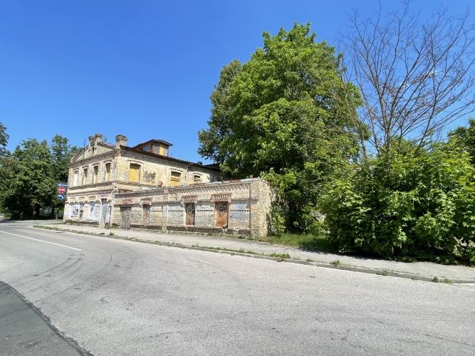 Sludinājumi. Pārdod zemes gabalu, stratēģiski izdevīgā vietā, tirdzniecības centra celtniecībai Jūrmalā. Cena: 1.3e+06 EUR Foto #5