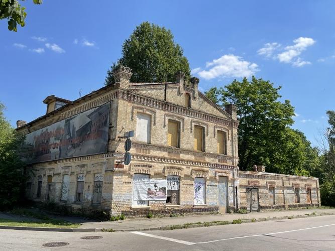 Sludinājumi. Pārdod zemes gabalu, stratēģiski izdevīgā vietā, tirdzniecības centra celtniecībai Jūrmalā. Cena: 1.3e+06 EUR Foto #3