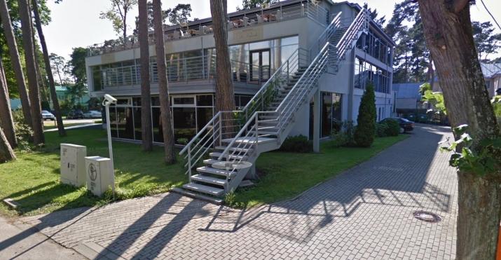 Sludinājumi. Ekskluzīva trīs stāvu ēka ar pilnu apdari un mēbelēm. Lieliska atrašanas vieta - Jūrmalas centrs, Cena: 2.5e+06 EUR Foto #3
