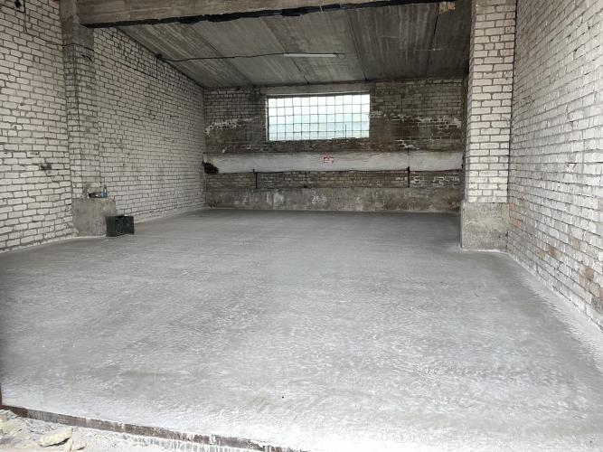 Объявление. Sausas, neapkurinātas noliktavas. Divviru lielie vārti, līdzena betona grīda, griestu augstums Цена: 320 EUR/мес. Foto #2