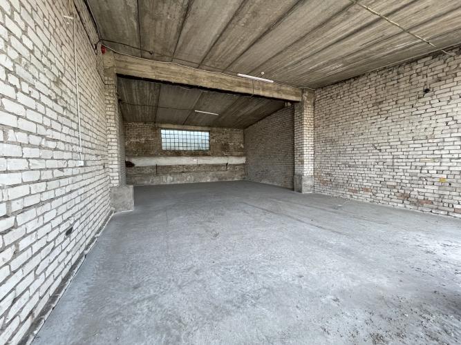 Объявление. Sausas, neapkurinātas noliktavas. Divviru lielie vārti, līdzena betona grīda, griestu augstums Цена: 320 EUR/мес. Foto #5