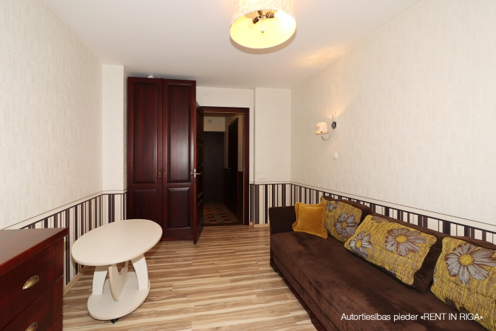 Объявление. Compact one-room apartment in a closed yard on Matīsa iela 59a.  + fully furnished and ready for Цена: 290 EUR/мес. Foto #2