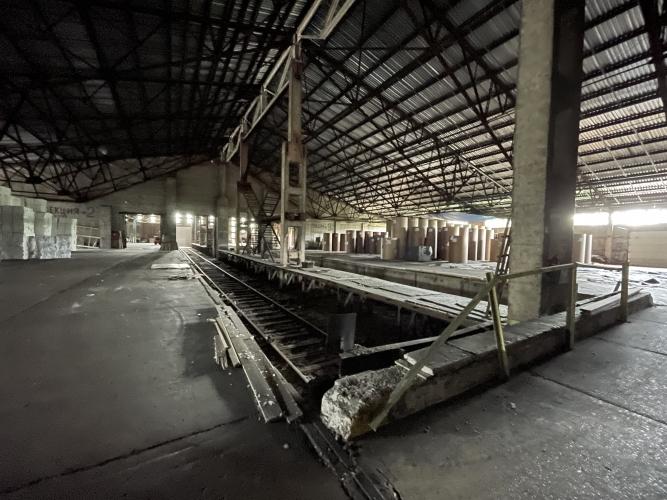 Объявление. Iznomājam neapkurināmas noliktavas ar dzelzceļa rampām.  Apsargājama, asfaltēta teriotrija, Цена: 15000 EUR/мес. Foto #3