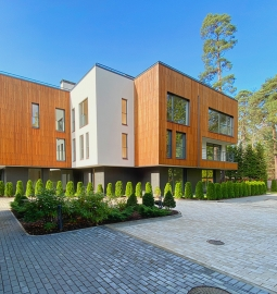 PineWood Apartments - Image 1
